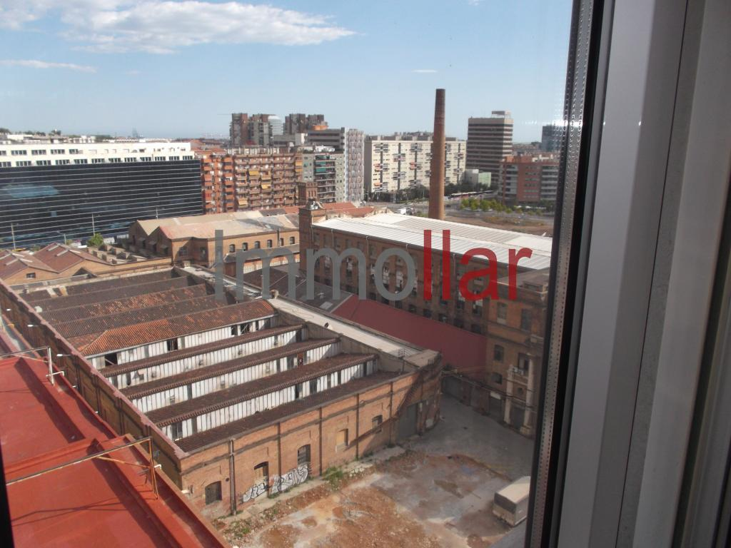 Piso – Barcelona 74.00 m2 photo13