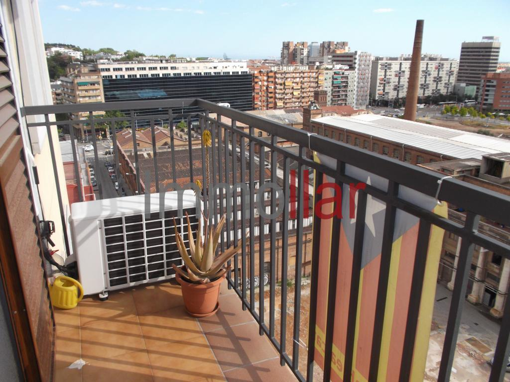 Piso – Barcelona 74.00 m2 photo2