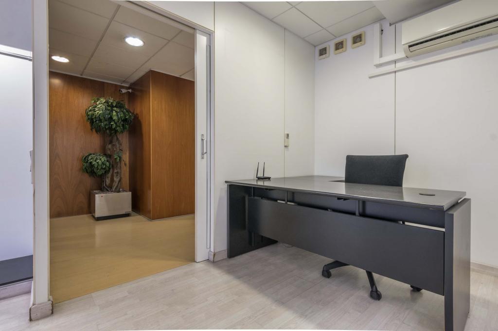 Oficina – Barcelona 300.00 m2 photo6