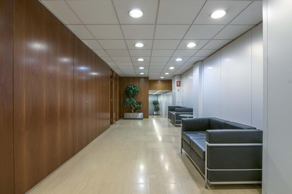 Oficina – Barcelona 300.00 m2 photo7