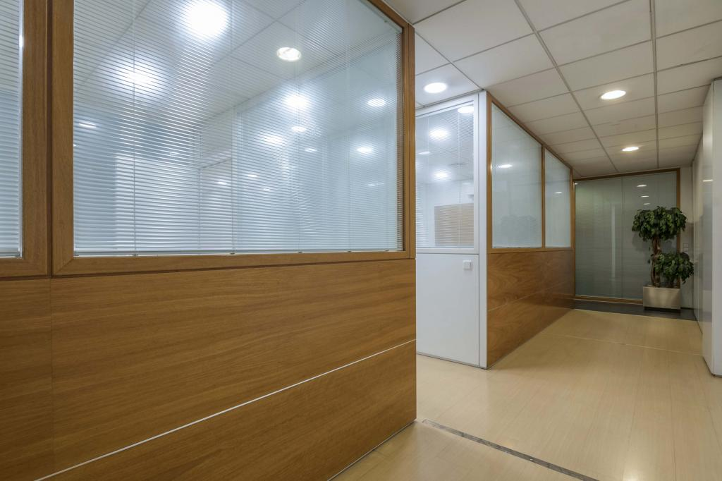 Oficina – Barcelona 300.00 m2 photo9