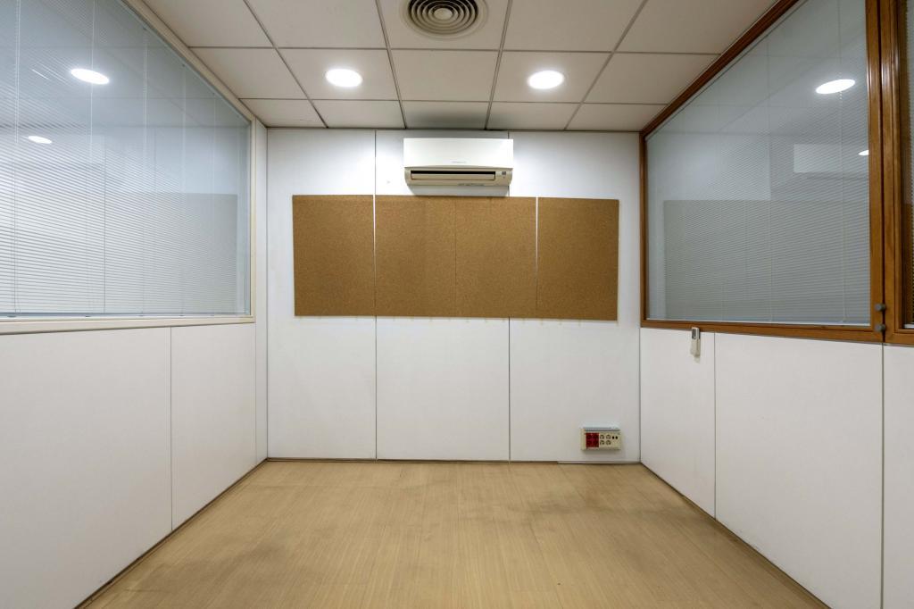Oficina – Barcelona 300.00 m2 photo13