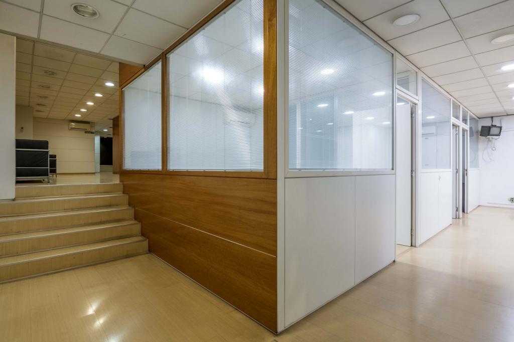 Oficina – Barcelona 300.00 m2 photo21