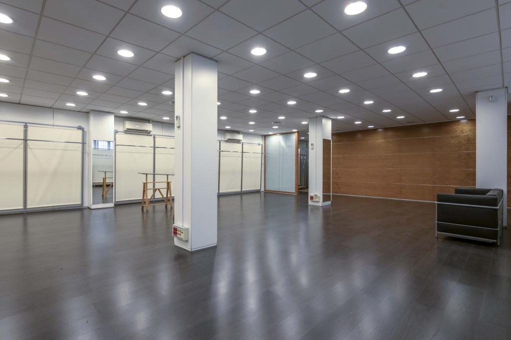 Oficina – Barcelona 300.00 m2 photo20