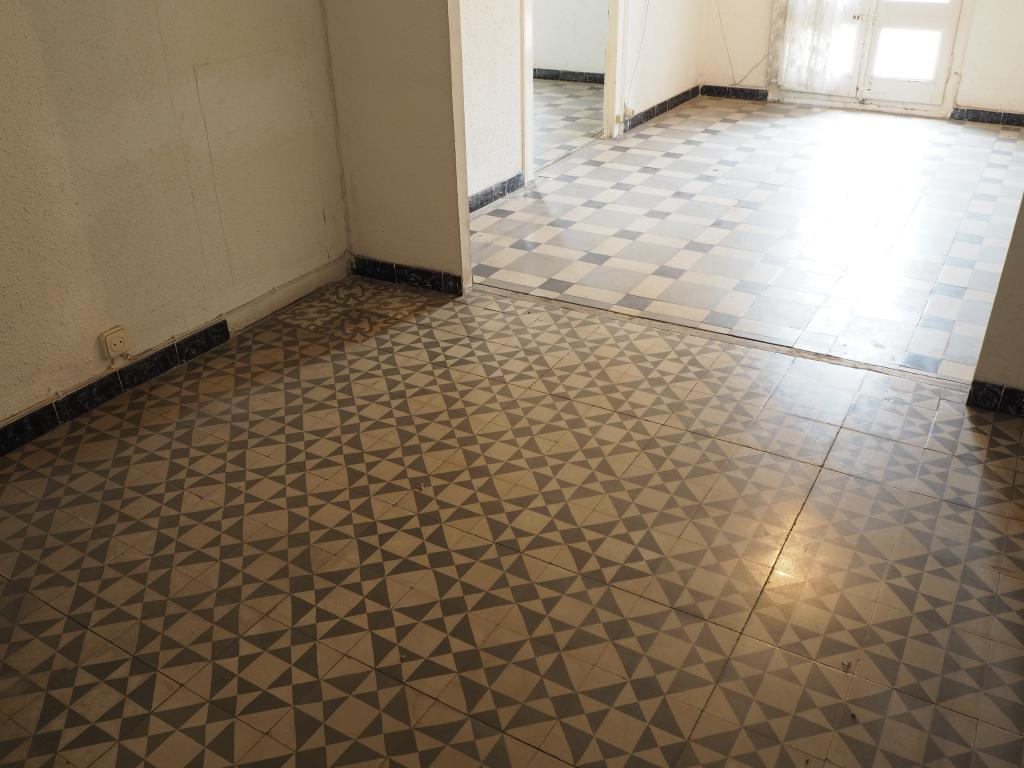 Piso – Barcelona 90.00 m2 photo18