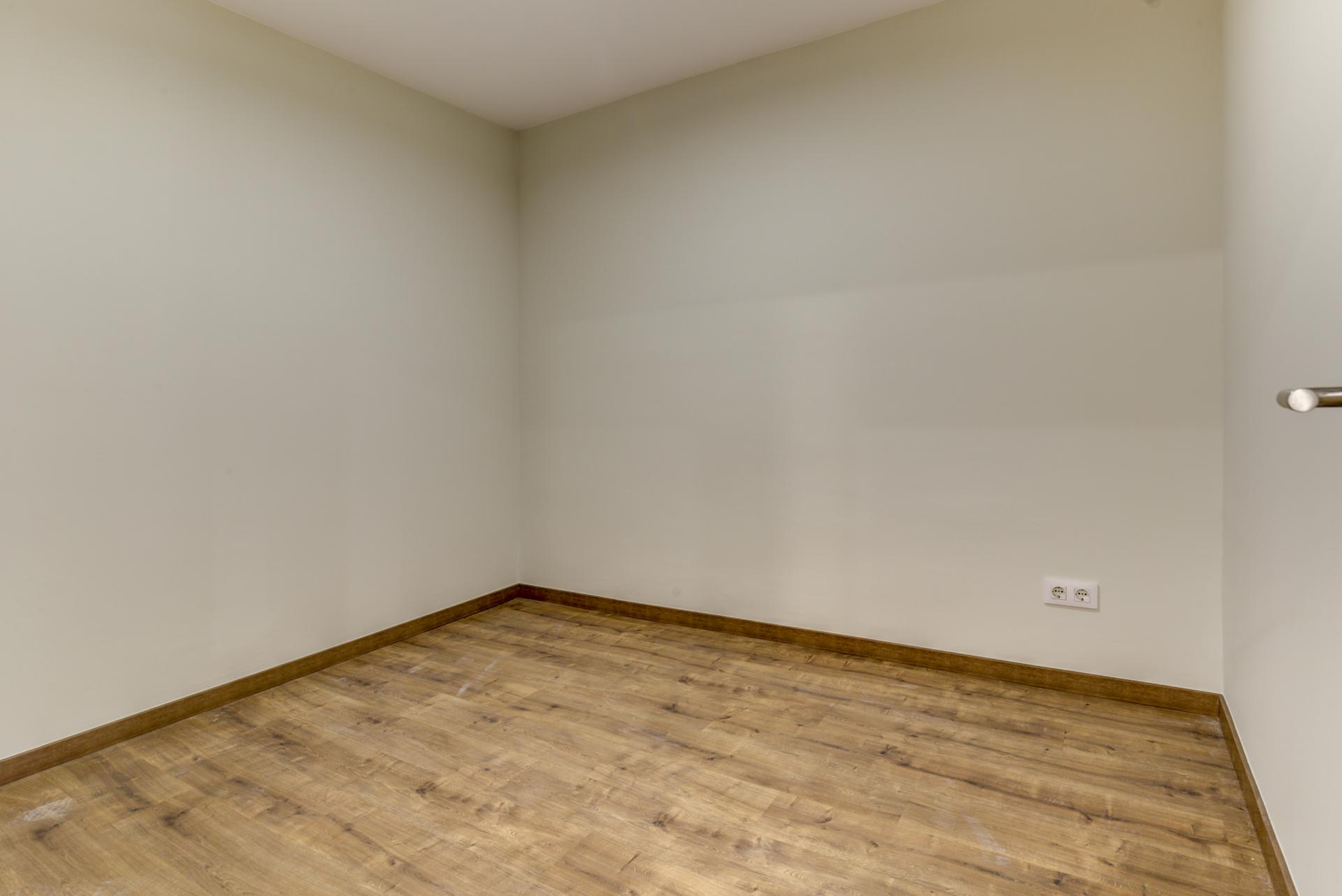 Piso – Barcelona 92.00 m2 photo25