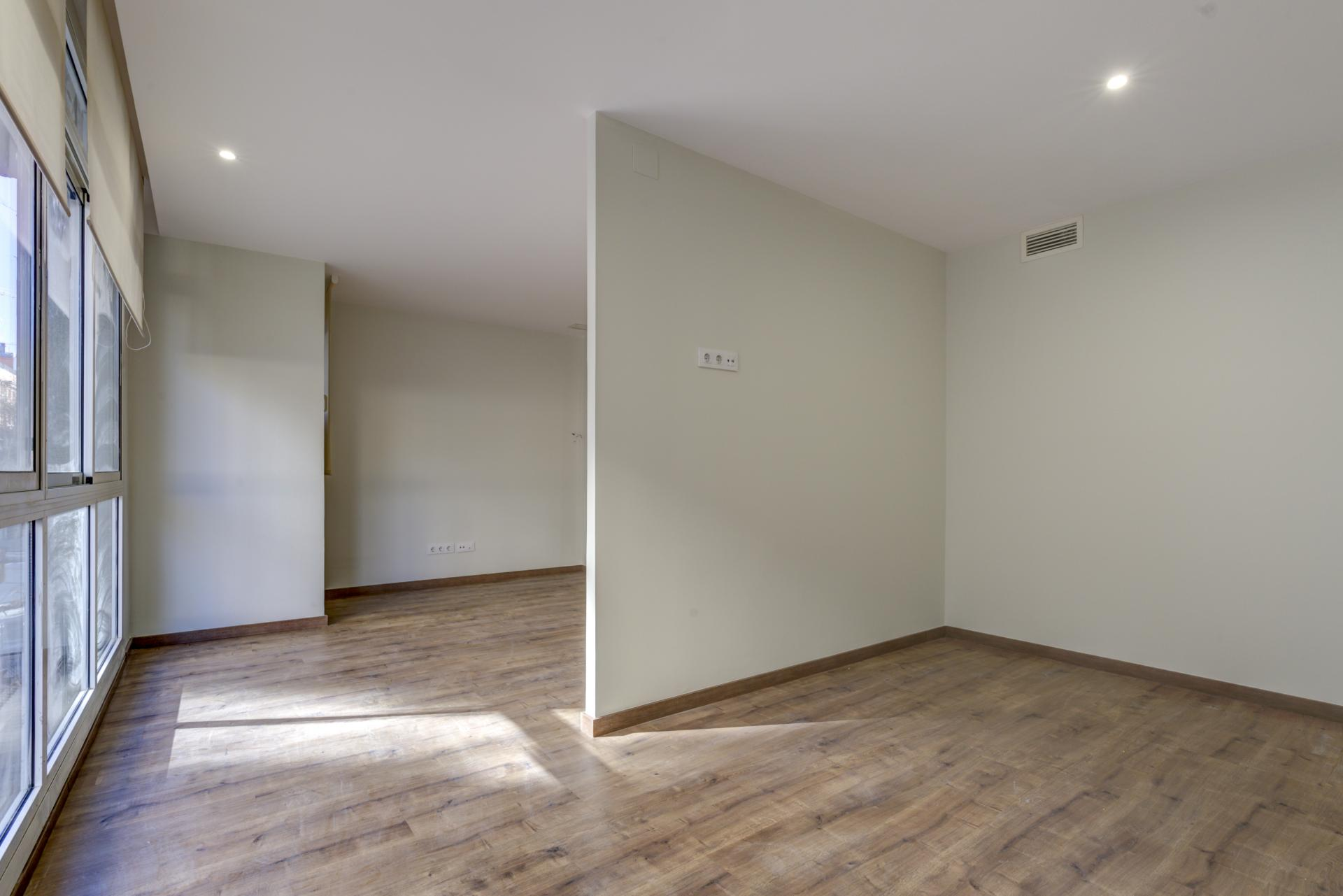 Piso – Barcelona 92.00 m2 photo24