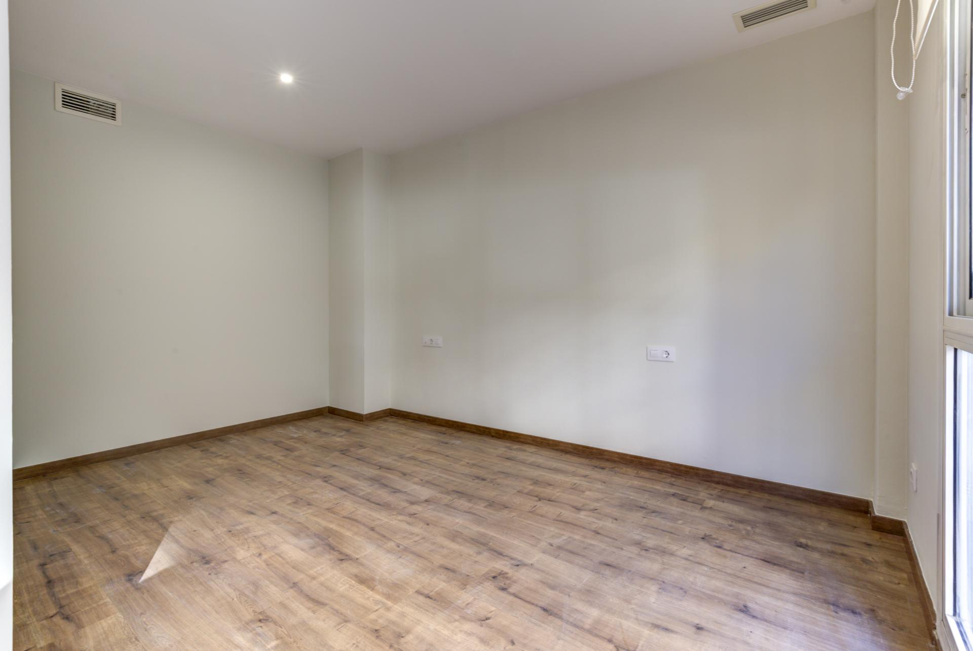 Piso – Barcelona 92.00 m2 photo22